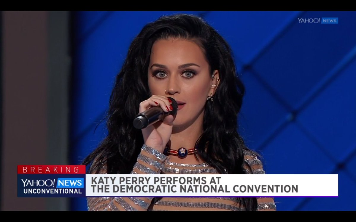 Katy Perry decided to attract voters to the polls with the help of his body 27.09.2016 77