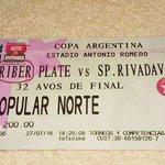 HINCHAS DE RIBER FURIOSOS DEVOLVIERON ENTRADAS PARA EL PARTIDO POR COPA ARGENTINA PORQUE... MIREN LA FOTO https://t.co/GYxNKt7Hyc