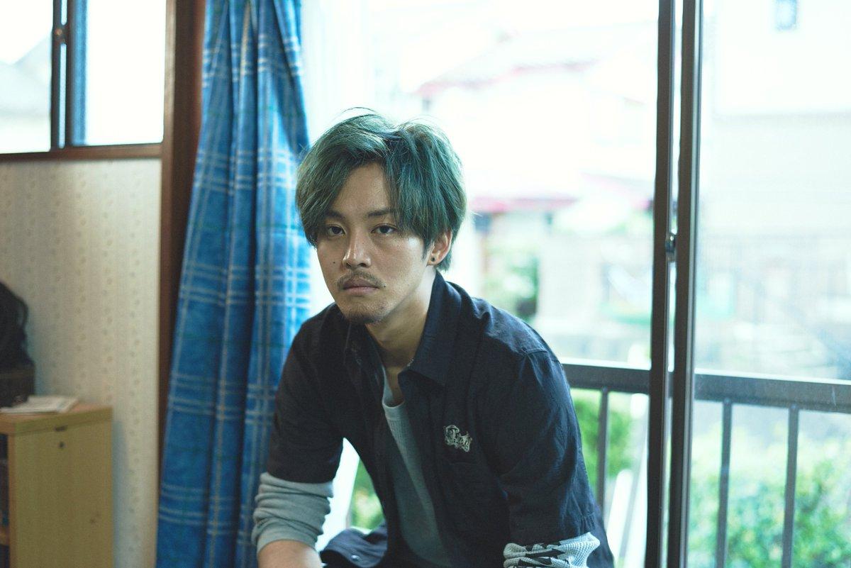 劇中写真解禁!松坂桃李さん演じるジンのバンド時代の緑髪写真大公開!#キセキーあの日のソビトー