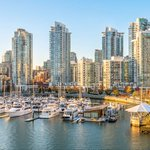 """The CHMC is raising the alarm over #Vancouvers """"overvalued"""" real estate market: https://t.co/FAwyOpAsfk https://t.co/NinMzMhql9"""