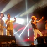 Los chicos de @CD9 con toda la energía en el escenario del #VeranuMusic #IxtapaZihuatanejo 2016! @OficialCD9Mex https://t.co/4XVYv73GaX