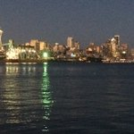 Its a warm night in #Seattle but beautiful! https://t.co/Qy7xvp8GNu