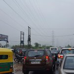 From vatika chowk to Golf course extension road. Commuters having tough time @HTGurgaon @htTweets https://t.co/ybpMsfHFYX