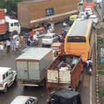 Heavy traffic jam on Delhi-Jaipur highway in Gurugram due to water logging following heavy downpour https://t.co/wCeGeFvGRW
