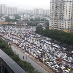 2 hr of rain and #Gurgaon is grid locked. Car based mobility can never make a city resilient @PandaSarika @mfuloria https://t.co/S58p8WXvP4
