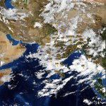 Latest satellite image showing heavy cloud cover over #Delhi #Gurgaon #Mumbai #Bangalore: https://t.co/YUTR4Ke0N0 https://t.co/ZxQrfUVE1B