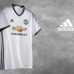 Away kit 3rd #mufc telah di rilis, warna putih dan hitam menjadi kombinasi elegant yang di tawarkan oleh Adidas. https://t.co/fb7UrfqR6p