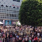 渋谷駅の街頭演説、多くの皆様にお越しいただき、ありがとうございました! 各界で活躍する女性の皆様から、力強い応援いただきました。 次は17:00より、武蔵小金井駅で街頭演説を行います!(スタッフ) #都知事選 は #鳥越俊太郎 https://t.co/jzhbGJ2yxX