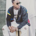 .@jeremih has a new single on the way featuring @chancetherapper & @youngthug https://t.co/DykGZdrKMS