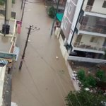 Its not file pictures of Chennai rain last year. But pics of submerged areas in Bengaluru today. https://t.co/uv7arIN9eJ