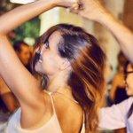 Ce soir ? Cours de bachata sous les étoiles & grande soirée dansante Latino, Place des palmiers, gratuit! #Marseille https://t.co/FPm59Q5s35