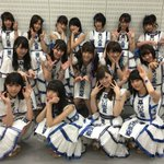 このあと、テレビ朝日系「MUSIC STATION」に乃木坂46が出演!! 発売中のニューシングル「裸足でSummer」をパフォーマンスいたします! 写真は本番直前のメンバーです☆ 皆様、ぜひご覧ください! https://t.co/F2MY0SLP16
