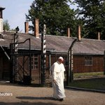 """""""And may the Lord give me the grace to cry."""" Pope Francis visited Auschwitz: https://t.co/B7ML8KZodR https://t.co/cbZ0y1D6TG"""