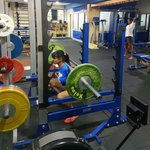 Drop it like a squat 🏋 #fitness https://t.co/xwPyG8LJ3q