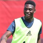 Tim Fosu-Mensah assured of #MUFC future despite training with U21s. New contract in works. (@MailFootball) #ghana https://t.co/bxmUyKVDGO
