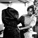 Zelda Wynn Valdes, designer of one of the most iconic outfits in fashion history. #BlackWomenDidThat https://t.co/HLoTUO8JLm