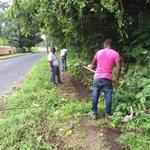 #UABR Colón limpia aceras/cordones peatonales con ayuda de personal #BarriosSeguros asignados #UABR en Espinar Colon https://t.co/sUcfvoIPUY