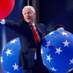 Bill: Balloon!! Balloon: I have a boyfriend. #BillClinton #DNC #DNCinPHL #balloons #balloondrop https://t.co/3CApDjsZrF