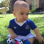 Six months later, it finally fits Talon! Thanks again @Everton for the gift 😊 https://t.co/HuF9EJrsFm