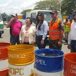 Hoy junto a @MOPCRD entregamos 150 tanques de basura para el ayuntamiento Santiago de los caballeros. @AbelMartinezD https://t.co/nzQSDpgJPi