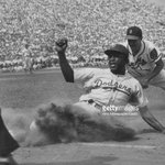 What happened to dust in baseball? A puff of dust sliding into a base? Dust baked to a sweaty uniform? I miss dust! https://t.co/gieryiR5x7