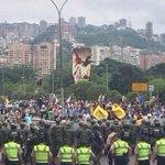 Sin calle Sin protestas Sin pueblo No tendremos revocatorio en el 2016 Está en nuestras manos y no en las del CNE https://t.co/m82xrUiL3M