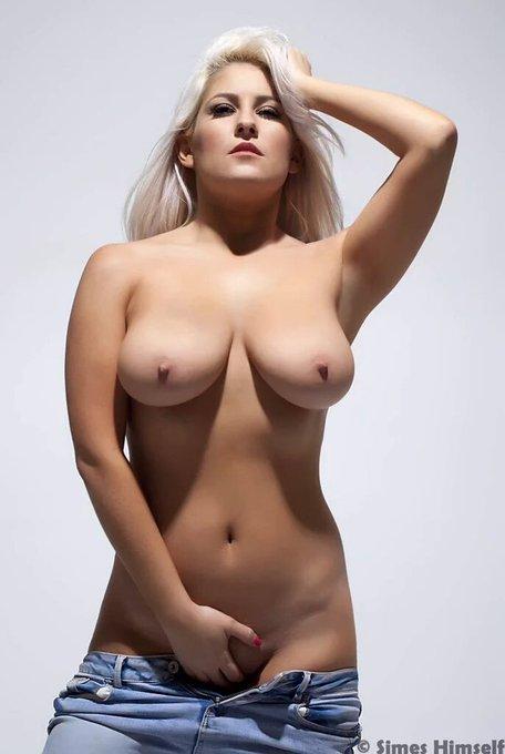 RT @kandikayfan01: #sexyasfuck  #follow   @lu_elissa !!   @Lukemac84 @cumcumlover @Phatbootylove @semodudelives