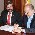 Banco Hipotecario recibe terrenos para desarrollo de proyecto Renovación Urbana de Colón https://t.co/Xw8Ebxi7D5 https://t.co/I4k9ISJtOE