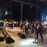 Artistas samarios le cantaron a Santa Marta en sus 491 años. @eloMyMusic @lisaumet @MichelTorres10 #FiestaDelMar2016 https://t.co/q8VEwiO2Wr