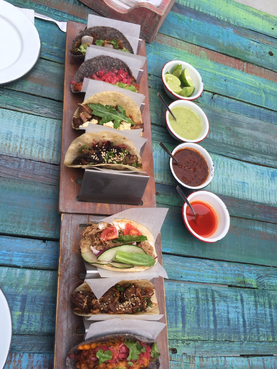 Tacos are hot @lalupitatym #Cabo Amazing world flavors! @LosCabosTourism @GolfDigest #FoodCrushFriday #foodflock https://t.co/ZFnupwPGmN