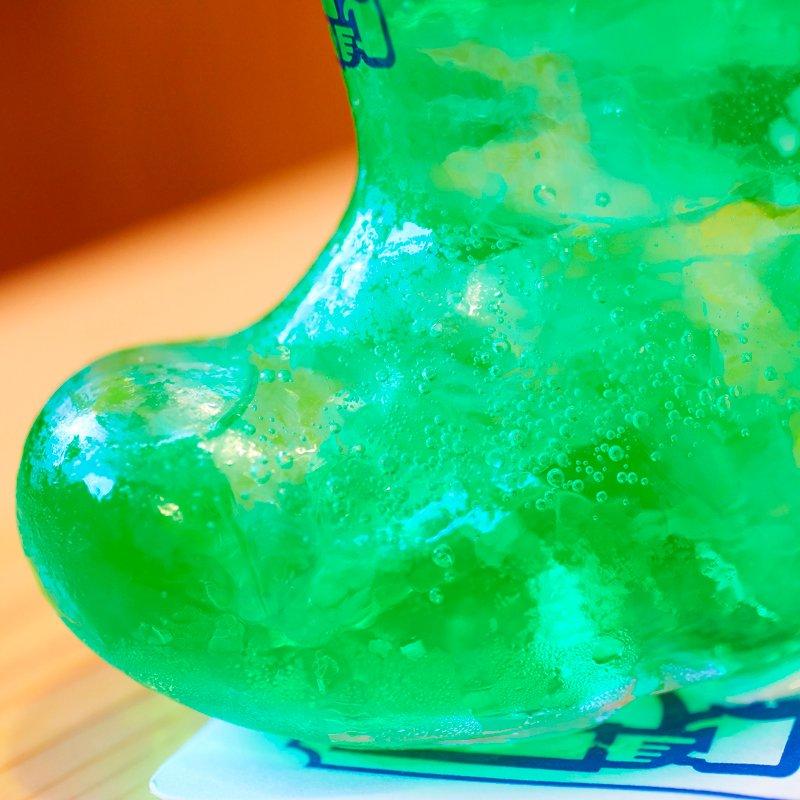 創業者の遊び心から生まれた長靴型グラスの『クリームソーダ』は、時代を超えてたくさんのお客様に愛されて…