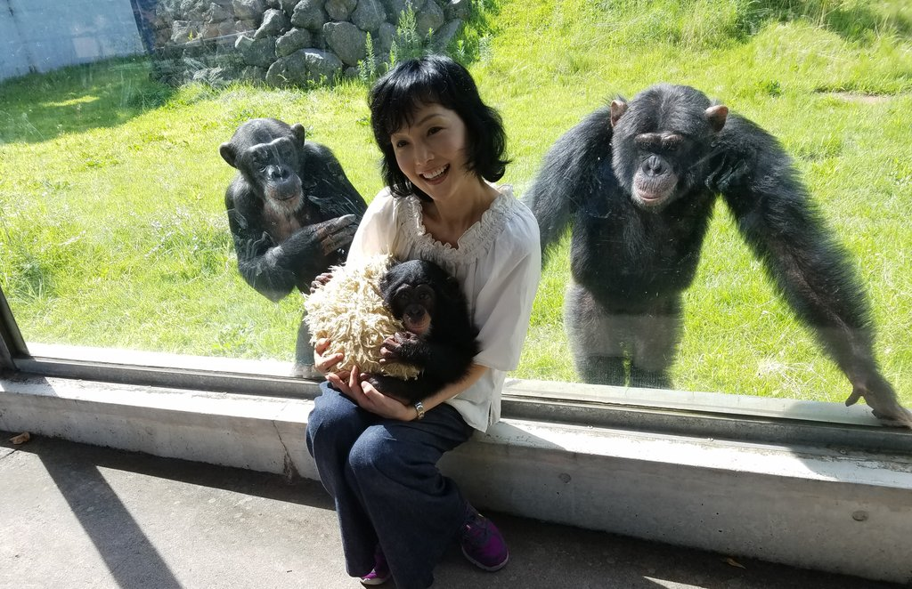 朝イチで、阿蘇カドリー・ドミニオンに行きました。 パン君(右)とお嫁さんのポコちゃん、そして赤ちゃん…