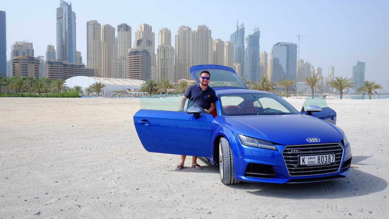 Out test driving the @Audi TTS today for the @7DAYSUAE #Driven section - stopped by #DubaiMarina for a photo shoot https://t.co/JGUnrBPw7Y