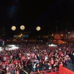 Tranquilos no hubo #FinDelMundo es solo que empezó la #FeriaDeLasFlores con @PilsenCerveza ❤️🍻😀 #FloresPaMedallo https://t.co/muB9e7bc5f