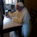 """""""Señor, perdón por tanta crueldad"""", el mensaje que dejó el Papa en Auschwitz https://t.co/pzz6tUcwQY https://t.co/aL4lb8nO2o"""