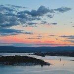 Sunset view from Ekebergparken. #oslo #visitoslo Photo: @koswadi https://t.co/0EJiWIl3wD https://t.co/nOMgjefMSW