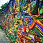 Angoli diversamente colorati della nostra città... #Trieste #triestesocial (Ph. @Arydor) https://t.co/9iiCyKQAuM