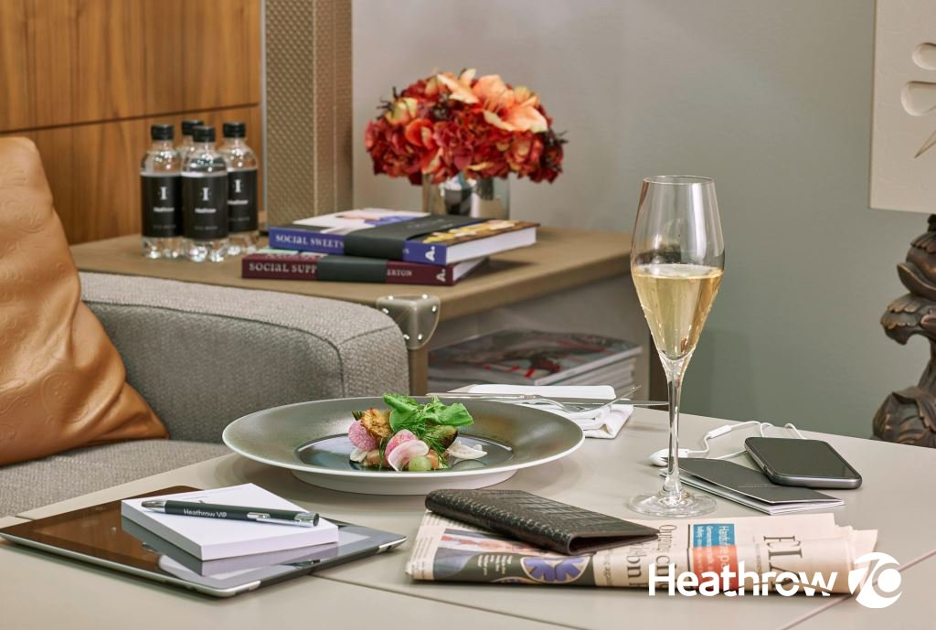 In this LHR70 podcast, Journalist @BillBorrows journeys through the @HeathrowVIP Lounge: