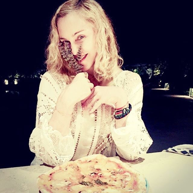 The Pizza we Ate.....,..........???????????? We love you Puglia❣❣❣Ciao Italia???????????????????????? https://t.co/GRQQNdiGv7