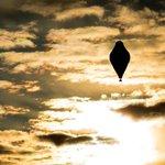 Невероятный Фёдор Конюхов. За 11 суток на шаре, один, вокруг планеты и вернулся в точку старта в Австралии https://t.co/mX7KDfyns9