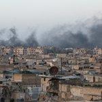 Террористы в блокированном Алеппо начали сдаваться сирийской армии https://t.co/pWW3biMsl9 https://t.co/kVIgkW5QzC