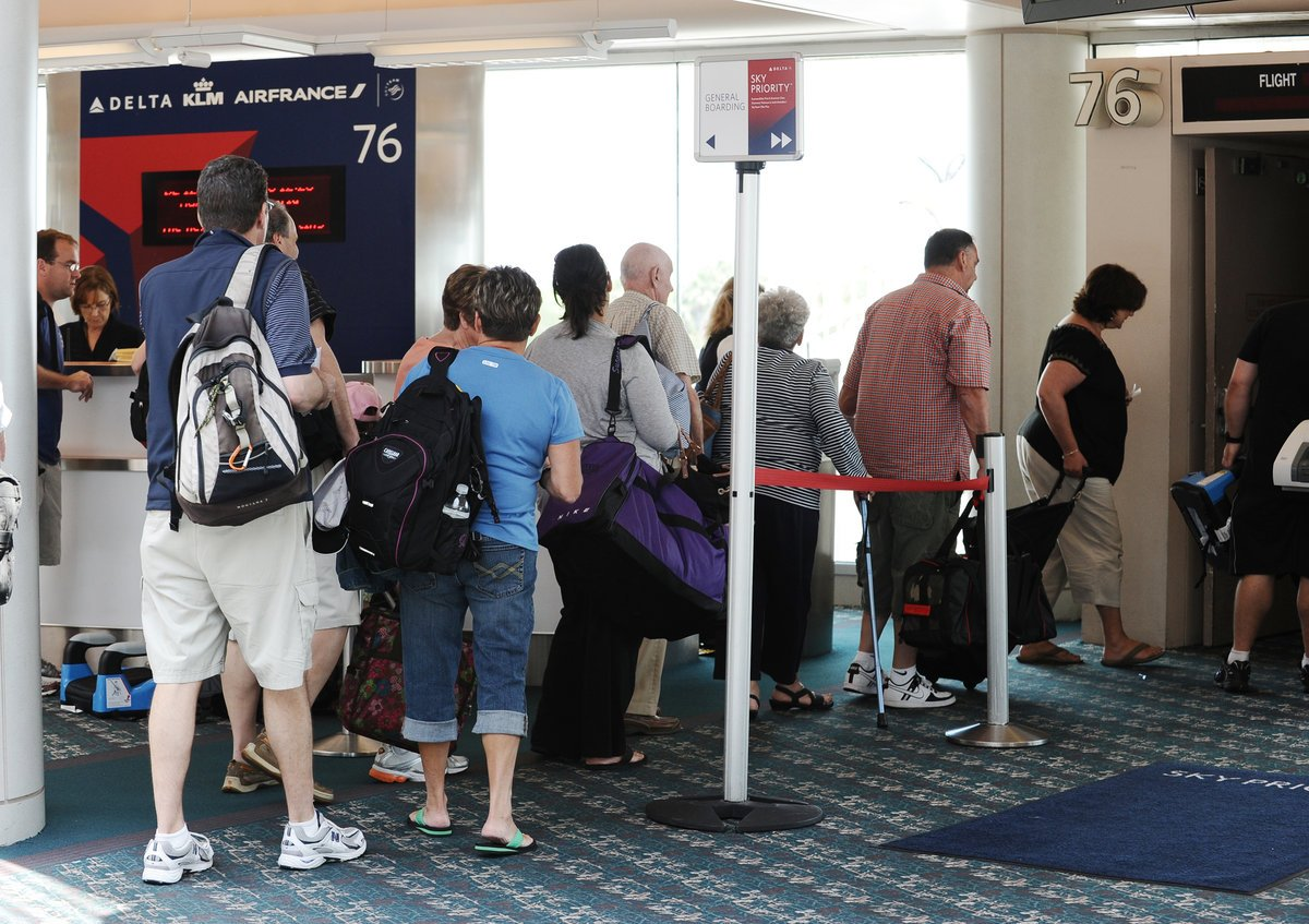July 22: @Delta carries 624K passengers, breaks its record for passengers carried in a day.