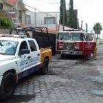 Incendio de camioneta x falla eléctrica en la Col. Emiliano Zapata controlado x Bomberos de San Andres Cholula. https://t.co/xXaYntujjF