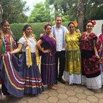 ¡Así me reciben en Oaxaca!, muchas  gracias por sus atenciones panistas. https://t.co/vFmVxL39zX