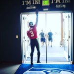 ALL IN!  #GoHawks https://t.co/0hHteVJ6n4