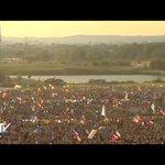 Wśrod pielgrzymów @AndrzejDuda #PopeInPL #Krakow2016 https://t.co/ZsUYkMzU11
