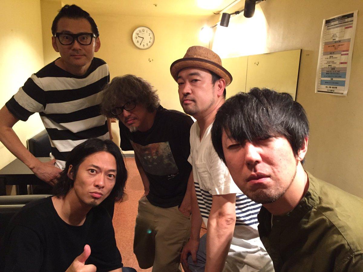 渋谷DUOにて初恋の嵐、『罪の意識』『星空のバラード』歌わせて貰いました。Dr鈴木さんとG玉川さん居…