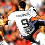 Haters will say this is photoshopped. Tag a rival fan. #ZlatanTime https://t.co/3OhxT3HYF1