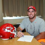 We have signed Eric Fisher to a contract extension. More details: https://t.co/7SVHdtNvNl https://t.co/OyGnilcmPl