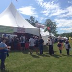 Annual @EdmHeritageFest kicked off at noon in Hawrelak Park. Dont forget @yegfoodbank donation! #yeg https://t.co/9Vo064ilVN
